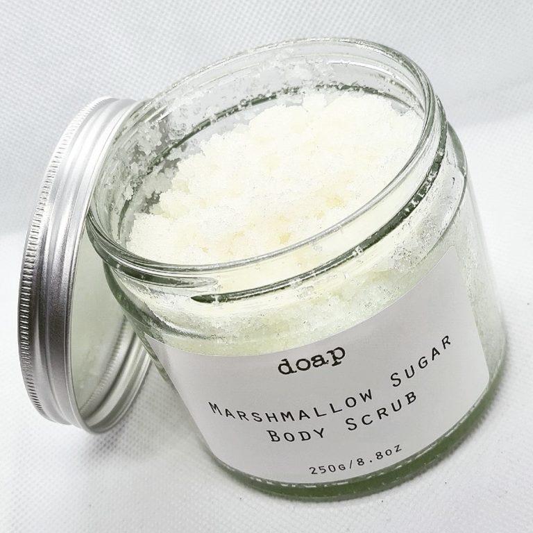doap marshmallow sugar body scrub (open)